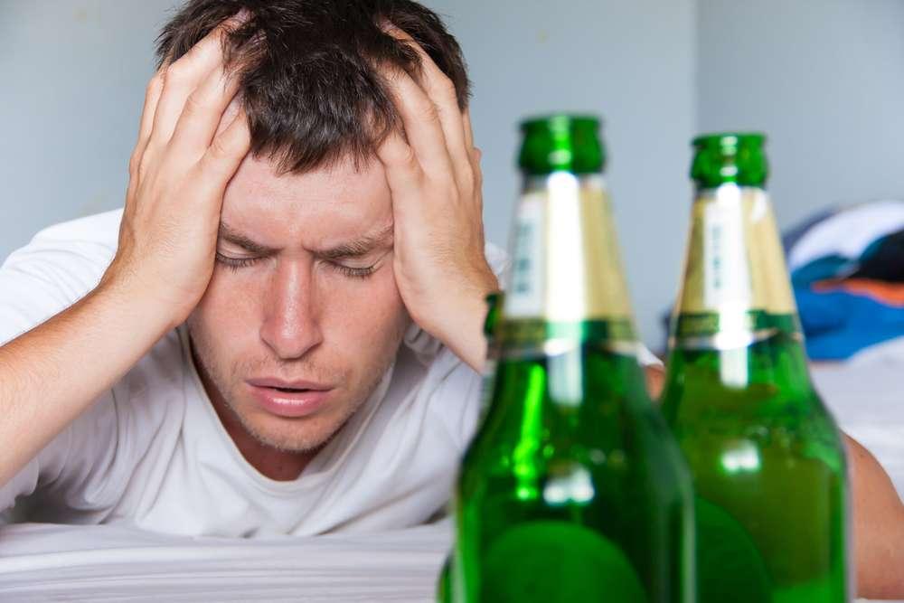 Il rapporto tra alcol e raffreddore da fieno